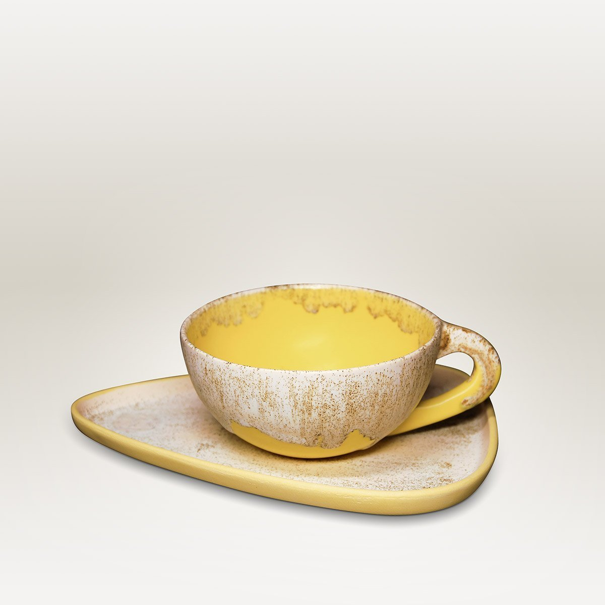 Molecule's Classic Yellow White Latte Handle Cup